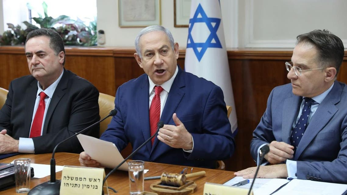 (L to R) Israeli FM Israel Katz, PM Netanyahu, and the government secretary Tzachi Braverman attend the weekly cabinet meeting on September 8, 2019. (AFP)