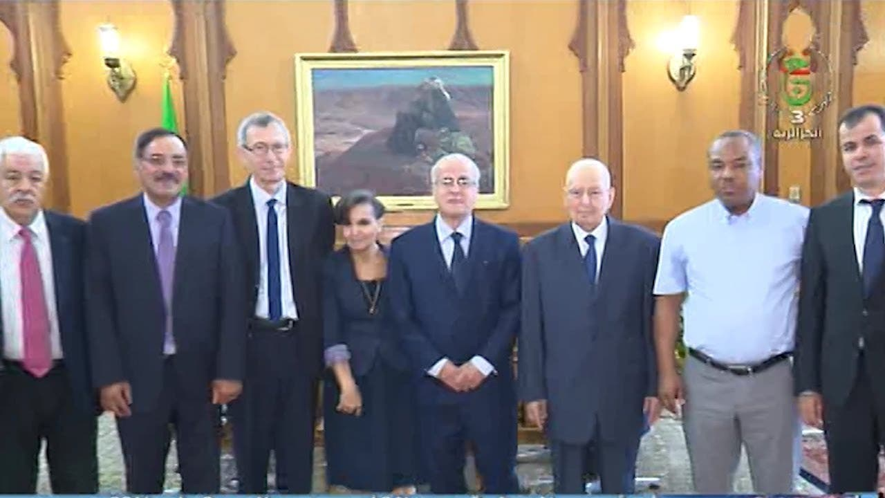 هيئة الوساطة مع الرئيس الجزائر المؤقت عبد القادر بن صالح