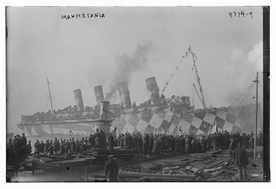 صورة للسفينة البريطانية الملوّنة موريتانيا خلال الحرب العالمية الأولى