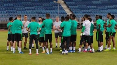 الأخضر يفتتح تدريباته في المنامة.. وباهبري يؤكد جاهزيته