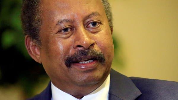 شاهد.. ماذا فعل رئيس الوزراء السوداني مع حارسه الشخصي