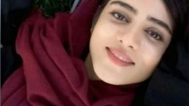 نار فتاة إيران الزرقاء تصل الفيفا.. صور جديدة لسحر