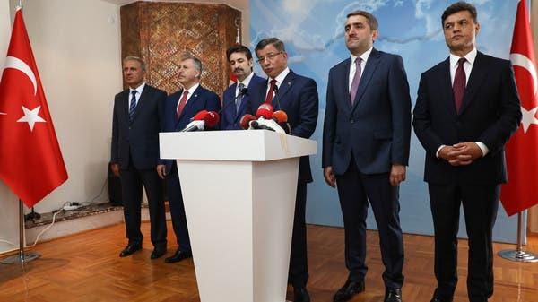 داود أوغلو يعتزم إنشاء حزب منافس لأردوغان