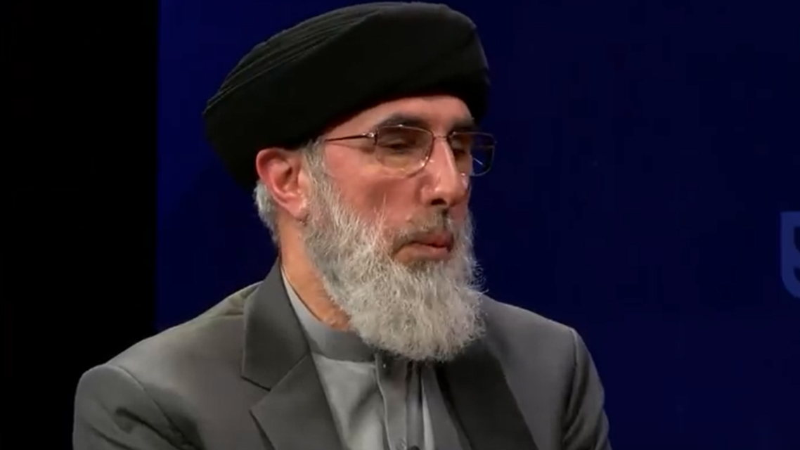 حکمتیار احمدشاه مسعود و امان الله خان را قهرمان ملی نمیداند