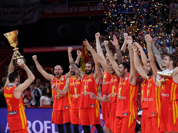 إسبانيا تتخطى الأرجنتين وتحرز كأس العالم لكرة السلة