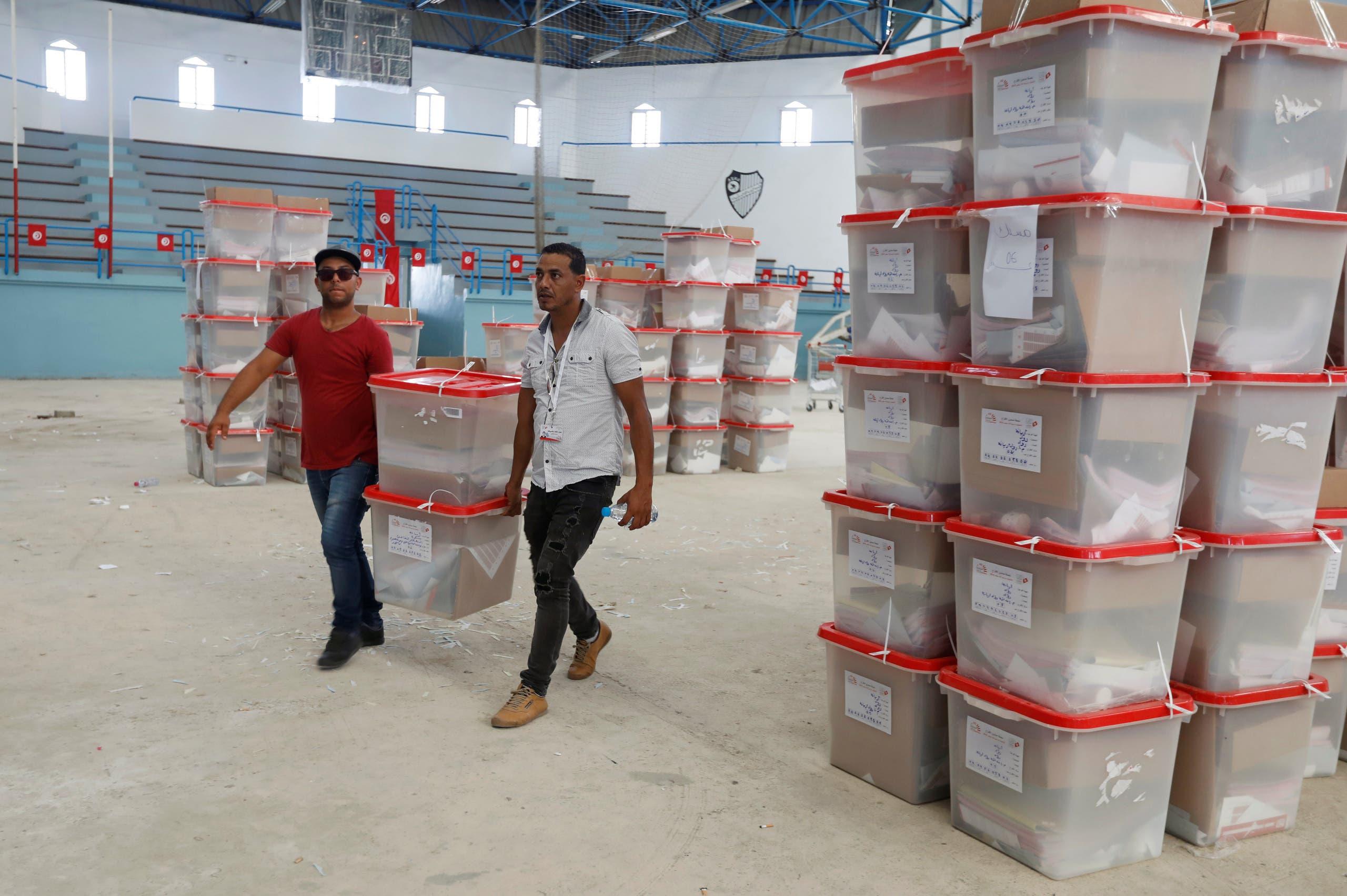 التحضيرات للانتخابات الرئاسية في تونس(14 سبتمبر 2019- رويترز)