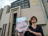 كاتب تركي مسجون: سلبوني حريتي لكن لن يسجنوا كلماتي