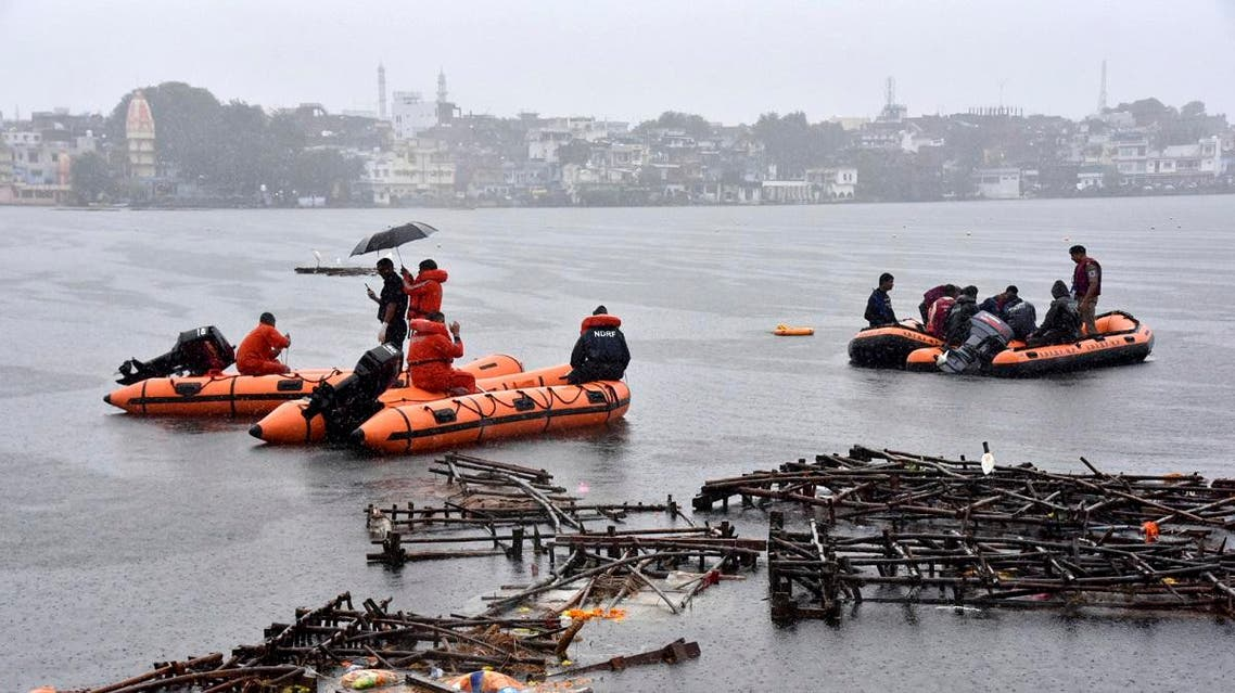Rescuers conduct search operation  after a boat capsized on a lake in Bhopal, in the central Indian state for Madhya Pradesh, on September 13, 2019. (File photo:AP)