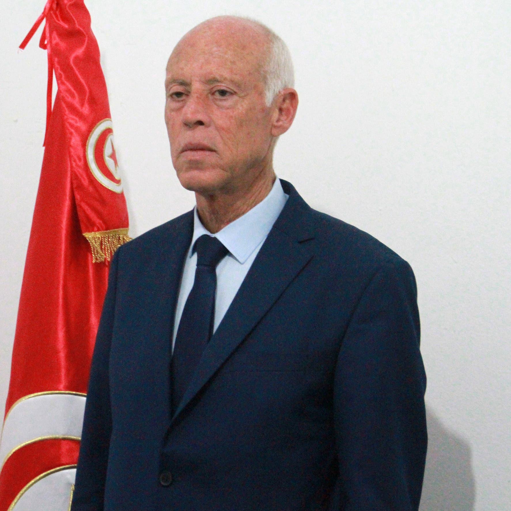 قيس سعيد.. أستاذ قانون يقترب من رئاسة تونس