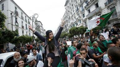 إضراب معتقلين  في الجزائر.. وتظاهرات ترفض الرئاسيات