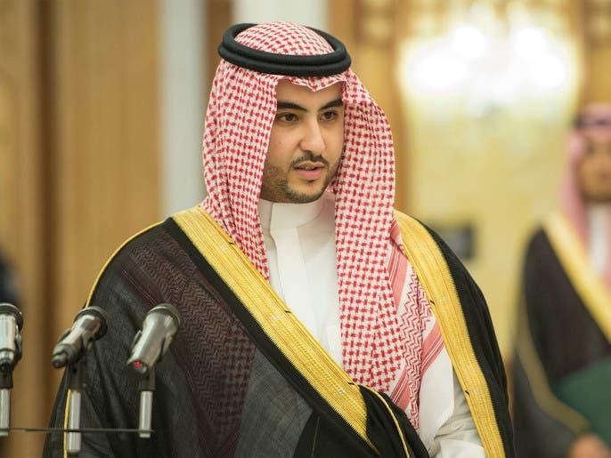 خالد بن سلمان: در کنار عراق میایستیم و در مسیر توسعه و صلح از آن حمایت مىکنیم