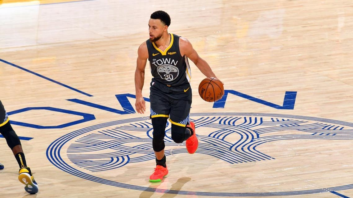 Stephen Curry #30 of the Golden State Warriors handles the ball against the Toronto Raptors during Game Six of the NBA Finals. (File photo: AFP)