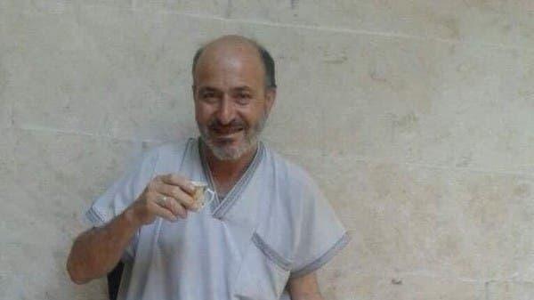 """على خطى داعش.. """"الهيئة"""" تعتقل مسناً في إدلب بهذه التهمة"""