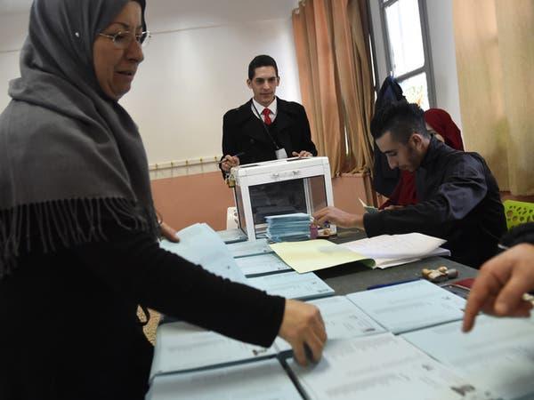 إقبال كثيف على الترشح للانتخابات الرئاسية في الجزائر