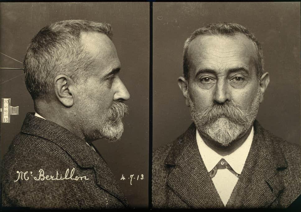 صورة جنائية لألفونس برتيون