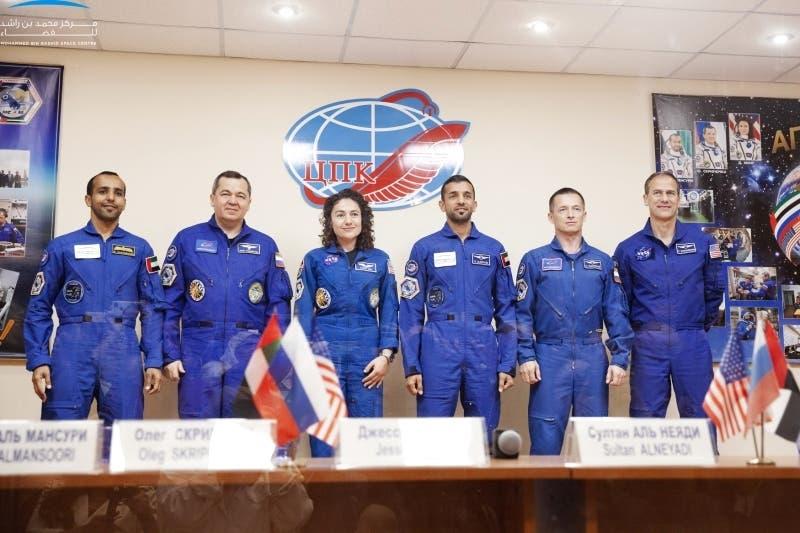 المؤتمر الصحفي لرواد الفضاء