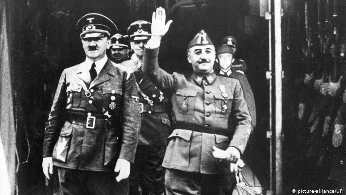صورة تجمع بين فرانسيسكو فرانكو و أدولف هتلر