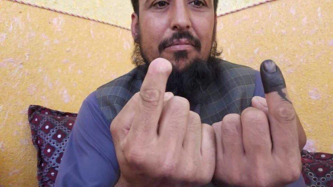 فردی که طالبان انگشتاش را در انتخابات قبلی قطع کرده بود دوباره در انتخابات شرکت کرد