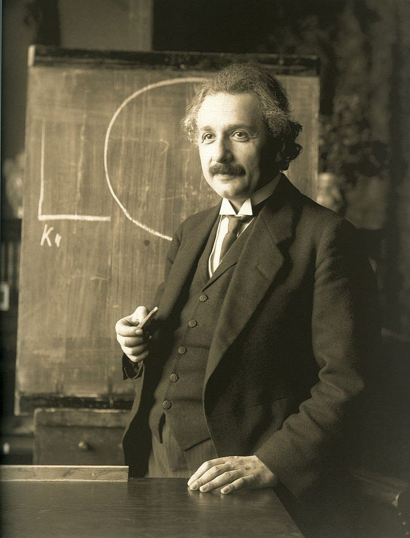 أينشتاين عام 1921