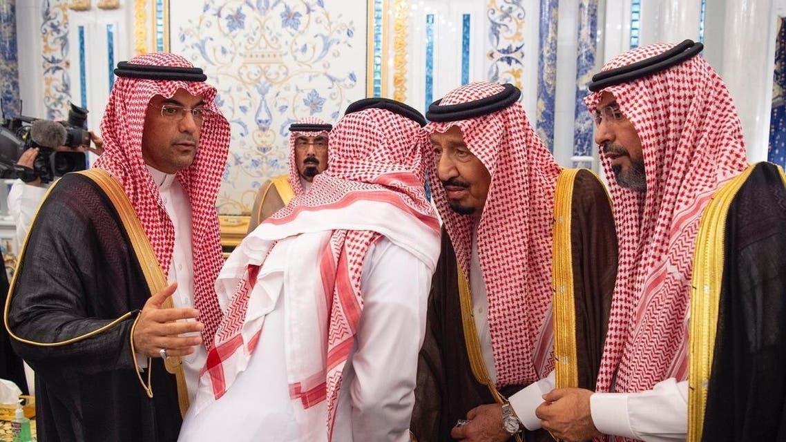 خادم الحرمين الشريفين يستقبل أسرة الراحل الفغم