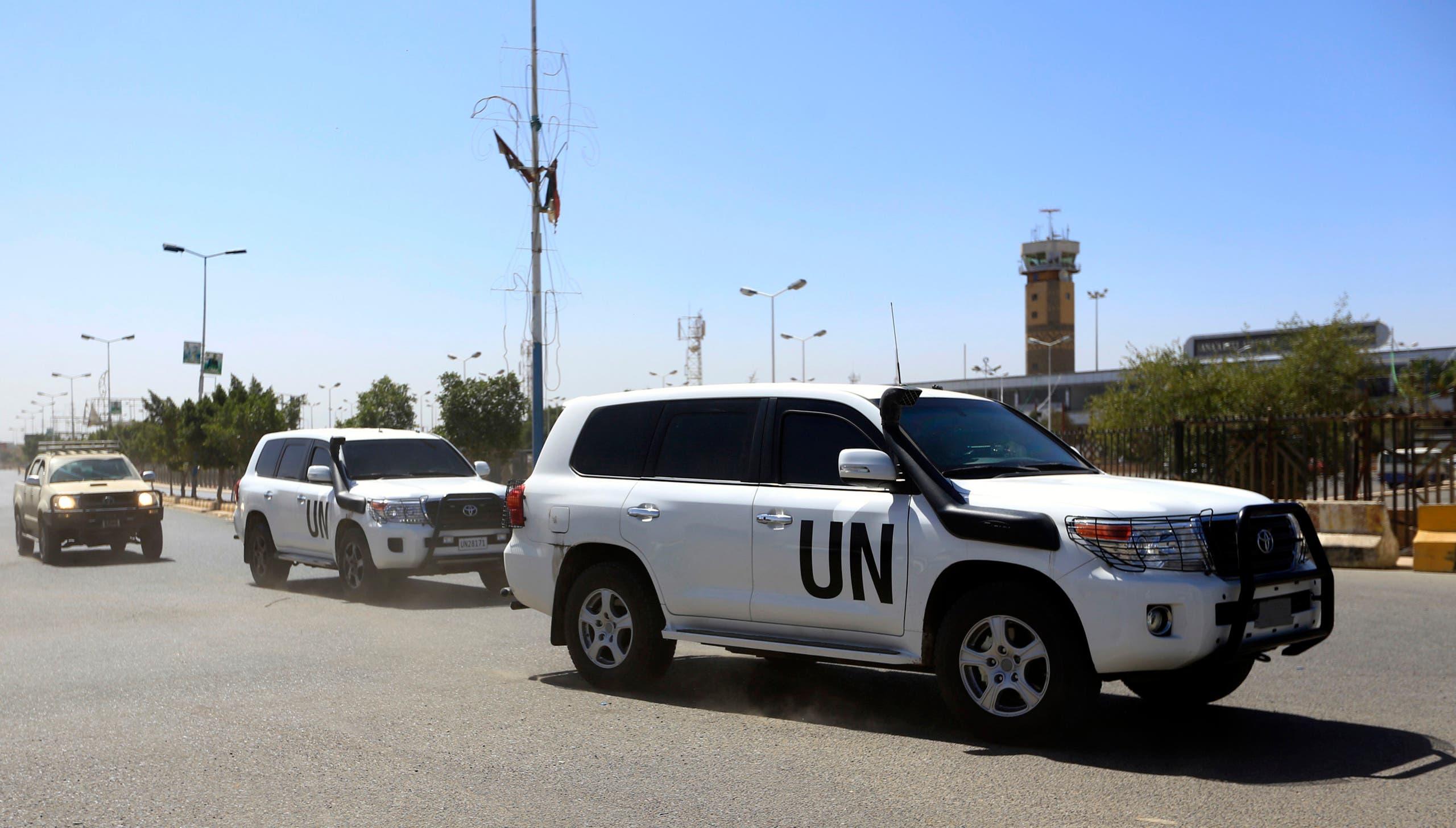 سيارة للأمم المتحدة في محيط مطار صنعاء(فرانس برس)