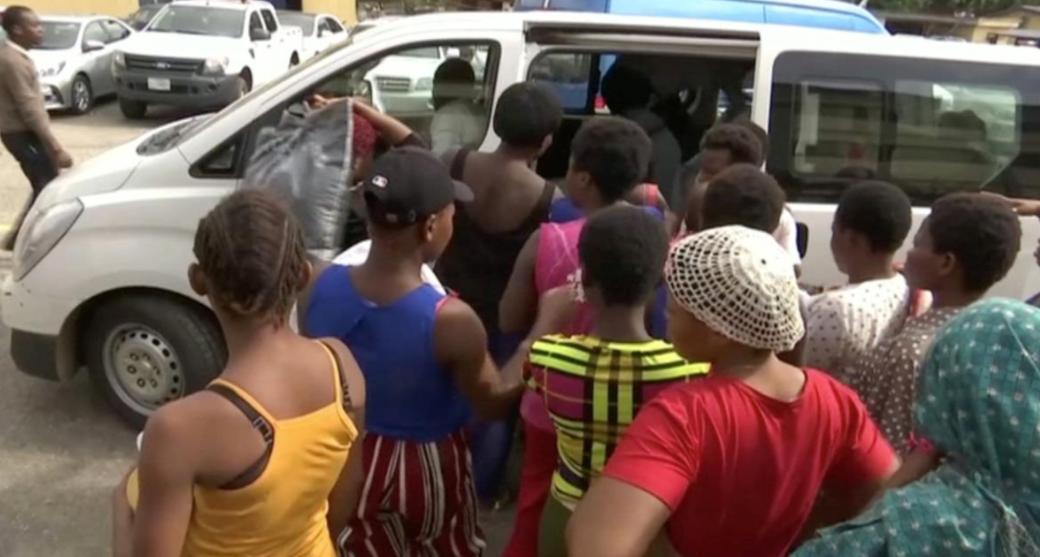 """نساء تم تحريرهن خلال مداهمة """"مصنع أطفال"""" آخر في سبتمبر الماضي"""