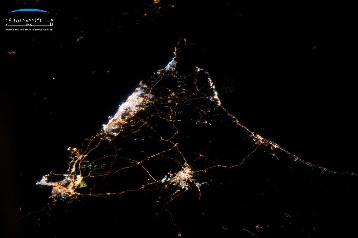 صورة ليلية للإمارات من الفضاء