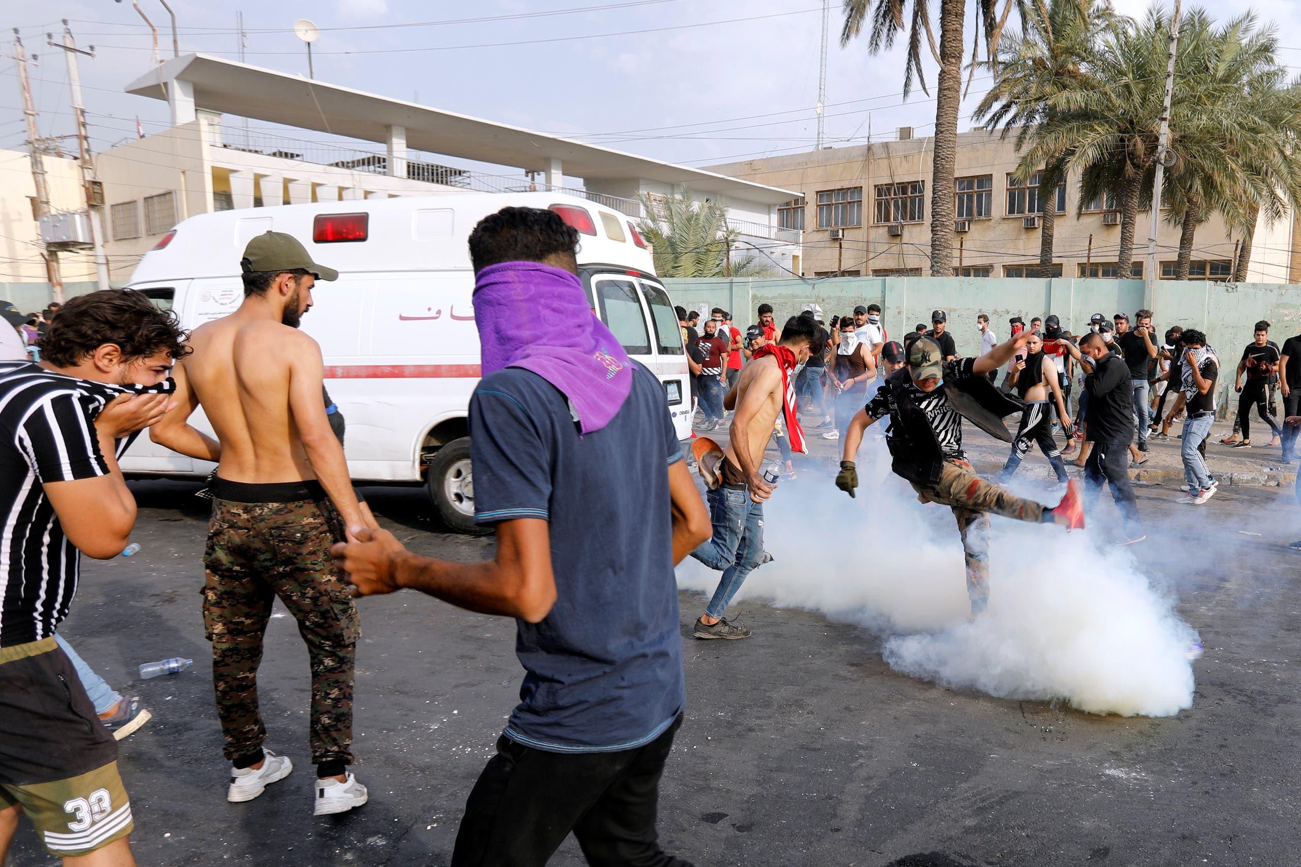 من تظاهرات العراق(3 أكتوبر- رويترز)