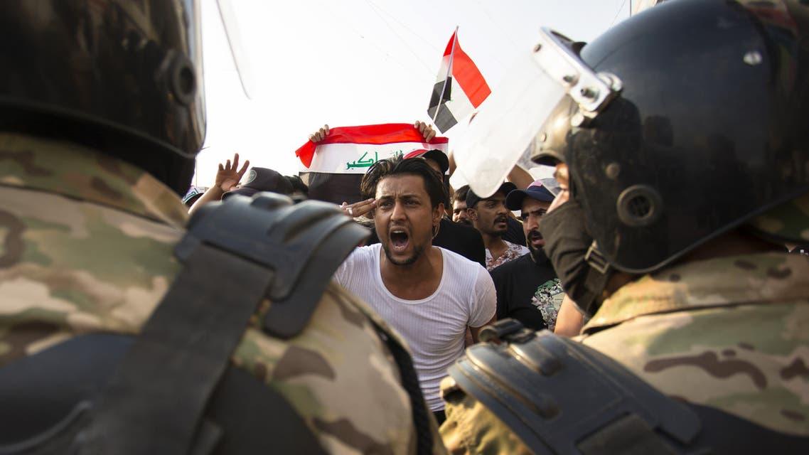 من تظاهرات العراق(3 أكتوبر 2019- فرانس برس)