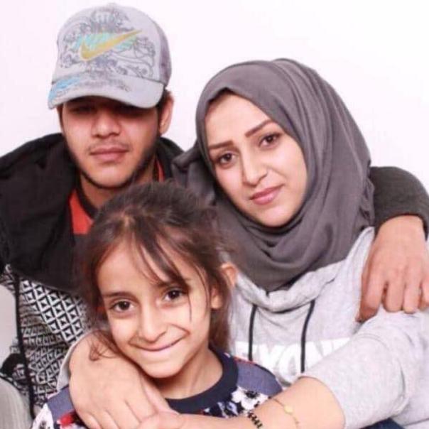 جريمة تهز البصرة.. اغتيال ناشطين وطفلة بجانب الجثتين