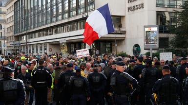 """تظاهرات """"السترات الصفراء"""" في فرنسا.. توقيفات في مدن عدة"""