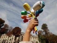 """""""باقة تيوليب"""" ضخمة هدية من فنان أميركي لباريس"""