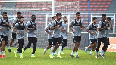 إيقاف لاعب منتخب الإمارات عن ممارسة كرة القدم