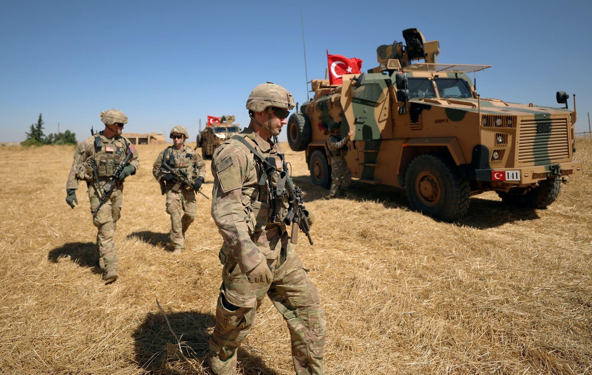 جنود أميركيون خلال الدوريات الأميركية التركية المشتركة بسوريا (أرشيفية)