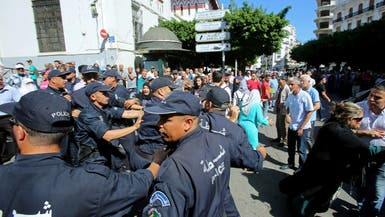 إضراب الموقوفين متواصل بالجزائر.. ومحاميهم يوضح