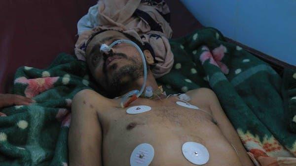 يمني دخل سجون الحوثي سليماً.. وخرج مشلولاً