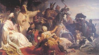 """قبل ألف سنة.. """"انقلاب إيراني"""" في بغداد وسحل خليفة!"""