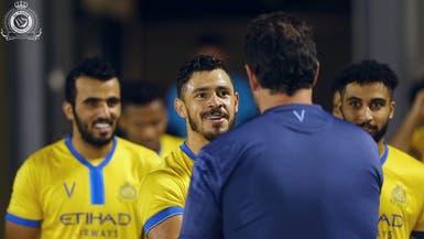 جوليانو يشارك في تدريبات النصر لأول مرة منذ شهر