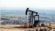 أسعار النفط تسجل مكاسب قوية وبرنت يقفز بأكثر من 10%