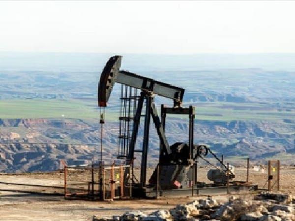 """النفط يتراجع.. ومخاوف الطلب تطغى على """"التفاؤل التجاري"""""""