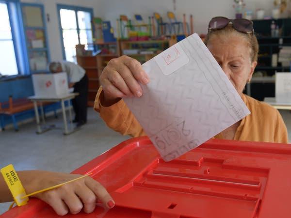 بدء التصويت في الخارج لاختيار رئيس جديد لتونس