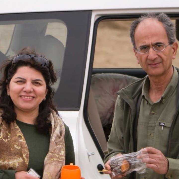 أرملة كندي مات في أحد سجون طهران تعود إلى كندا