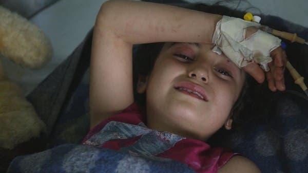 والدة طفلة سورية بُتِرت ساقُها بسبب قصف تركيا: الله سينتقم منهم