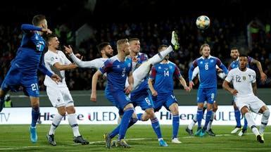 جيرو يقود فرنسا لتحقيق فوز صعب على آيسلندا