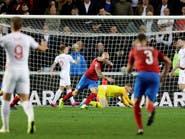 التشيك تهزم إنجلترا وتشاركها صدارة المجموعة