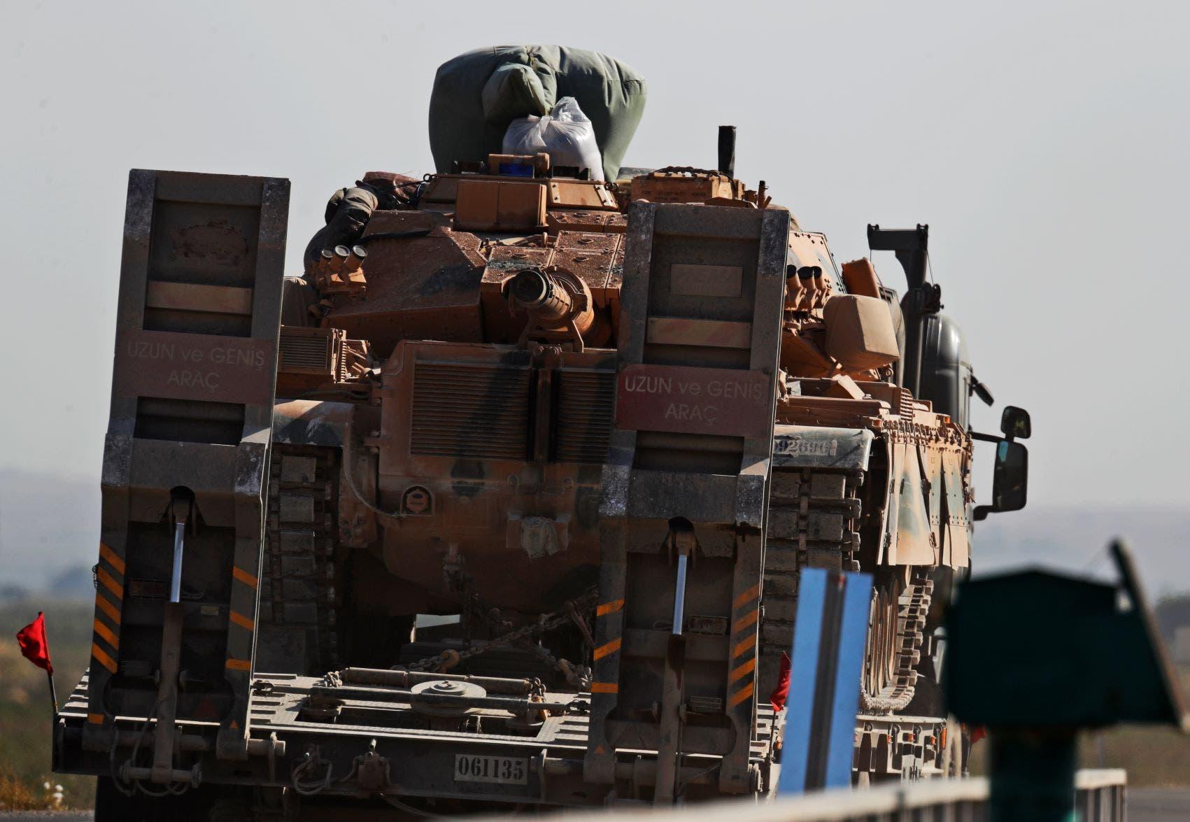 آليات عسكرية تركية بطريقها غلى الحدود