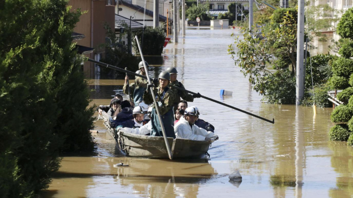 19 کشته و 13 تن ناپدید در طوفان و سیل در ژاپن