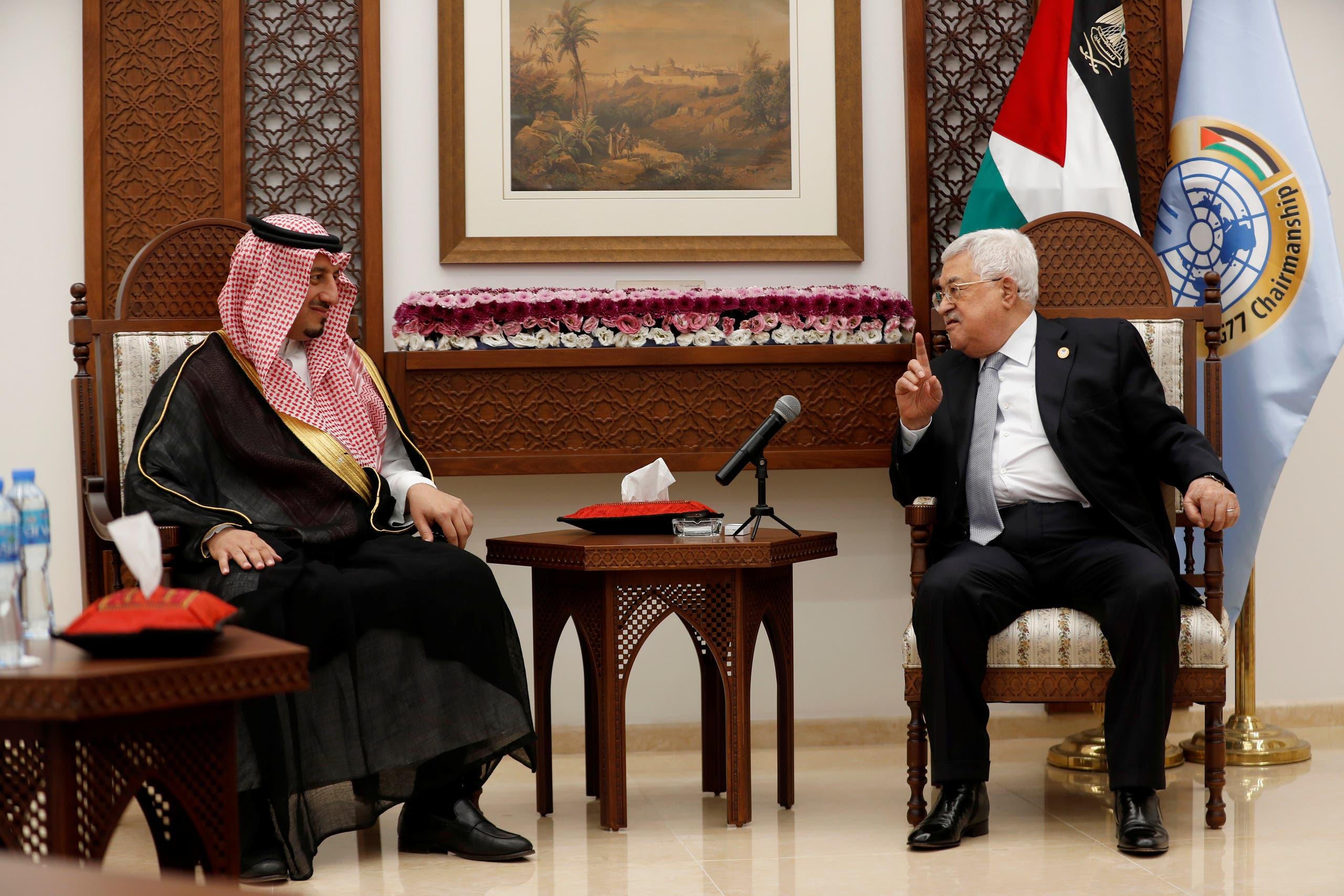 عباس يستقبل المسحل