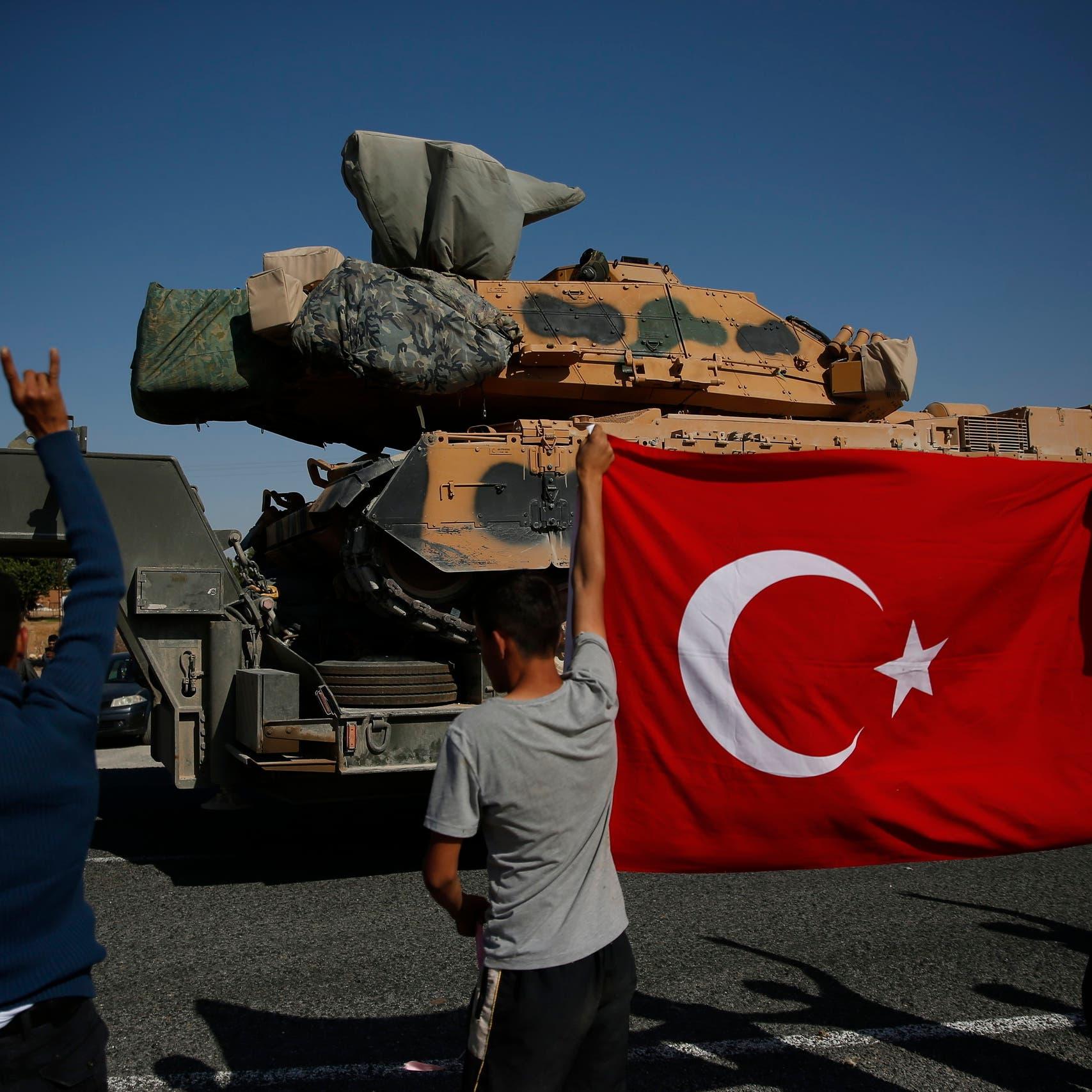 بلومبيرغ: واشنطن تتجه لفرض عقوبات اليوم على تركيا