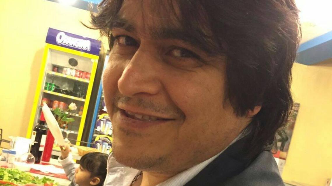 روح الله زم، الصحافي المقرب من قادة الحركة الخضراء